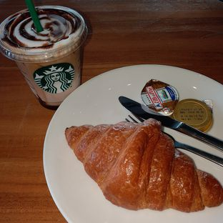 Foto review Starbucks Coffee oleh Kuliner Limited Edition 1