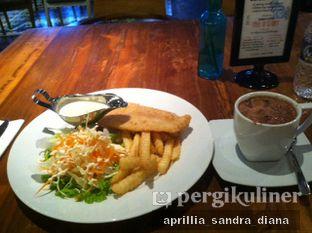 Foto review Two Stories oleh Diana Sandra 1