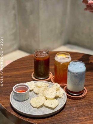 Foto review Upstairs Coffee Signature oleh Vionna & Tommy 17