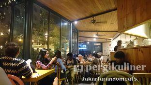 Foto 5 - Interior di Casadina Kitchen & Bakery oleh Jakartarandomeats