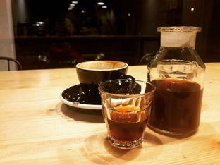 Foto 2 - Makanan(Regular V60) di Emmetropia Coffee oleh @stelmaris