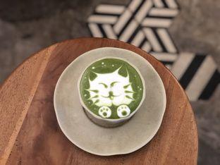 Foto 5 - Makanan(Green Tea Latte Caramel) di Sama Dengan oleh feedthecat
