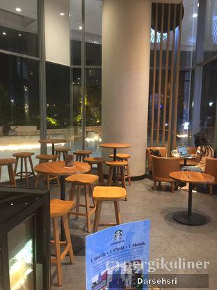Foto 4 - Interior di Starbucks Coffee oleh Darsehsri Handayani