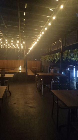 Foto review De Cafe Rooftop Garden oleh Jocelin Muliawan 7