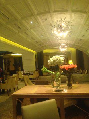 Foto 4 - Interior di The Cafe - Hotel Mulia oleh Annisa Putri Nur Bahri