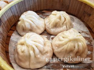 Foto 10 - Makanan(Xiao Long Bao Daging Babi ) di Taipan Kitchen oleh Velvel