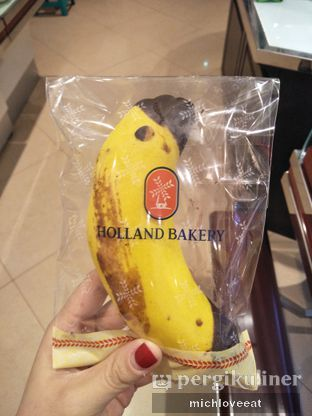 Foto 5 - Makanan di Holland Bakery oleh Mich Love Eat