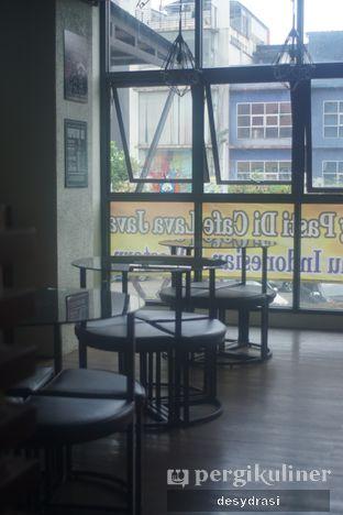Foto 6 - Interior di Lava Java Coffee & Resto oleh Desy Mustika