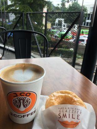 Foto 2 - Makanan di J.CO Donuts & Coffee oleh RI 347   Rihana & Ismail