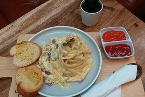 Foto Wake Cup Coffee & Eatery - Grand Sovia Hotel Bandung
