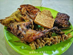 Foto - Makanan di Nasi Uduk Kiko Sari oleh edu. ardi.    IG: @edu.ardi