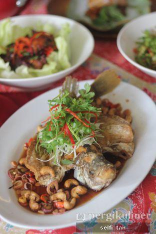 Foto 8 - Makanan di Meradelima Restaurant oleh Selfi Tan