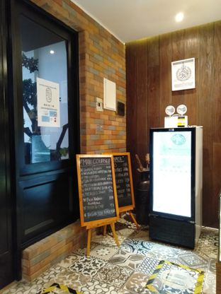 Foto 6 - Interior di Kode-in Coffee & Eatery oleh Erika  Amandasari