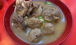 Bakso Semox Madam Dewin