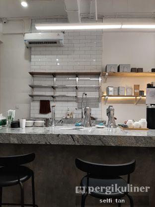 Foto 4 - Interior di Ratio Coffee Brewers oleh Selfi Tan