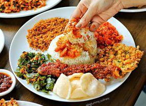 Trik Jitu Agar Diet Tak Gagal Saat Makan Enak di Restoran