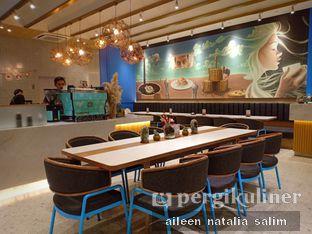 Foto 7 - Interior di Blueprint Bites & Brew oleh @NonikJajan