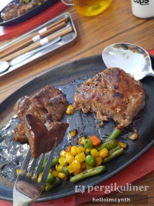 Foto review H&M Japan Steak oleh cynthia lim 1