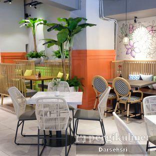 Foto 10 - Interior di Glosis oleh Darsehsri Handayani