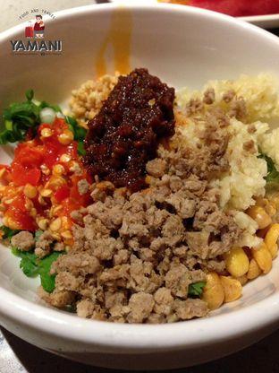 Foto 1 - Makanan(Haidilao Sauce) di Haidilao Hot Pot oleh awakmutukangmakan