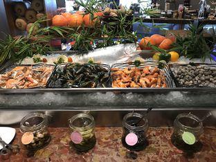 Foto 1 - Makanan di The Square - Hotel Novotel Tangerang oleh @stelmaris