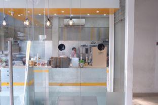 Foto 6 - Interior di Stumpy Coffee oleh yudistira ishak abrar