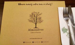 Foto 1 - Interior(almond tree) di Almondtree oleh maysfood journal.blogspot.com Maygreen