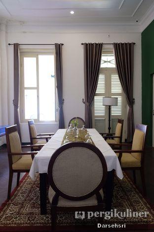 Foto 10 - Interior di The Melchior Resto - The Melchior Hotel oleh Darsehsri Handayani