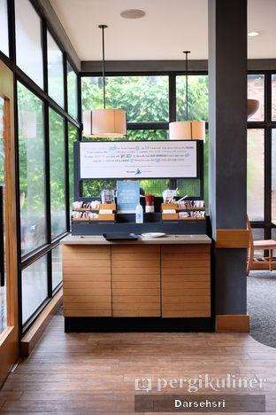 Foto 8 - Interior di Caribou Coffee oleh Darsehsri Handayani