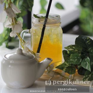 Foto review Nosh Kitchen oleh Florencia  Wirawan 1