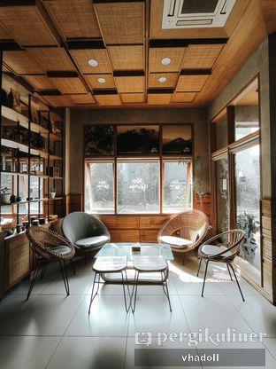 Foto 6 - Interior di Kopi Warga oleh Syifa