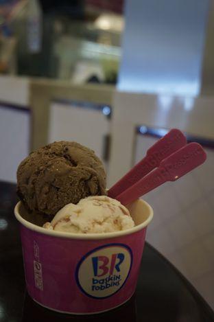 Foto review Baskin Robbins oleh yudistira ishak abrar 5