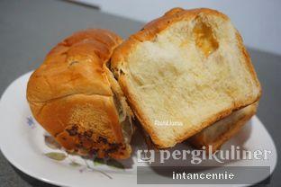Foto 4 - Makanan di Dandy Bakery oleh bataLKurus