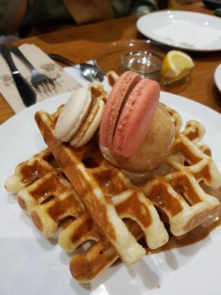 Foto 2 - Makanan(Earl Grey Waffle) di Pancious oleh Clara Yunita