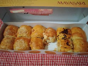 Foto review Mayasari Bakery oleh Review Dika & Opik (@go2dika) 4
