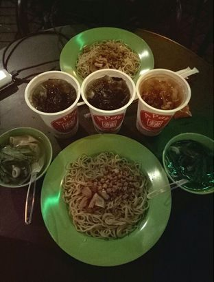 Foto - Makanan di A Paw Noodle House oleh Icha Jesse