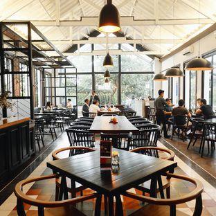 Foto 2 - Interior di Saka Bistro & Bar oleh Nadia Indo