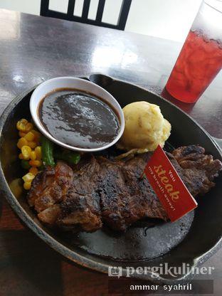 Foto 1 - Makanan di Steak Hotel by Holycow! oleh Ammar Syahril