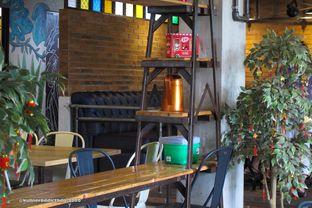 Foto 5 - Interior di Seven Grams Coffee & Eatery oleh Kuliner Addict Bandung