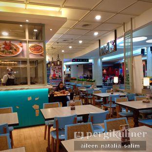 Foto 3 - Interior di Eaton Bakery and Restaurant oleh @NonikJajan