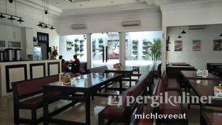 Foto 6 - Interior di Bakoel Desa oleh Mich Love Eat