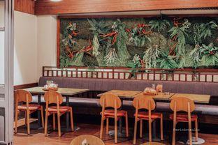 Foto 8 - Interior di Pempek Selamat oleh Indra Mulia