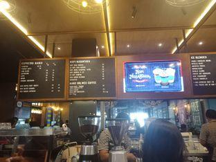Foto 10 - Interior di Djournal Coffee oleh Joshua Michael