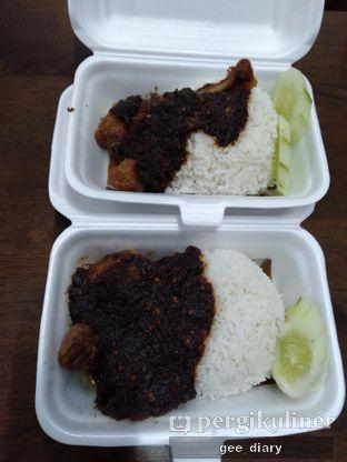 Foto 1 - Makanan di Nasi Bebek Madura Mbak Ru'ah oleh Genina @geeatdiary