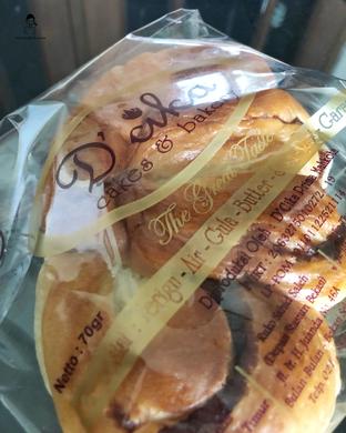 Foto 2 - Makanan di D' Cika Cake & Bakery oleh Marisa Aryani