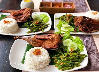 Daging Bebek vs Ayam, Apa Perbedaannya?