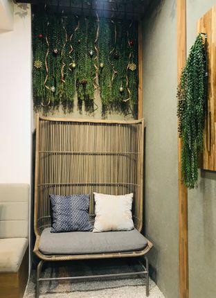 Foto 4 - Interior di ou tu Cafe oleh Margaretha Helena #Marufnbstory