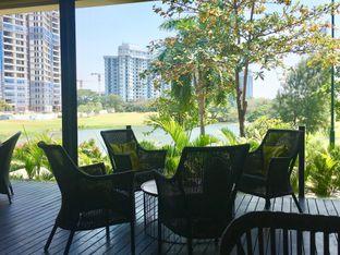 Foto 2 - Interior di Redback Specialty Coffee oleh mintico