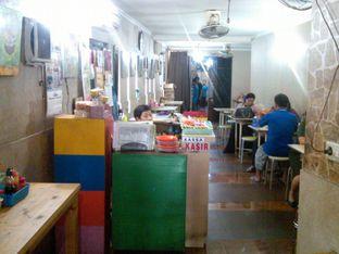 Foto 14 - Interior di Bakmie BBT oleh Renodaneswara @caesarinodswr