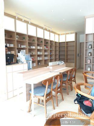Foto 3 - Interior di Cafe Kumo oleh Selfi Tan